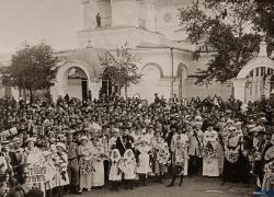 Двести лет со дня освящения Петропавловского храма